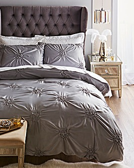 Rochelle Knots Grey Duvet Set
