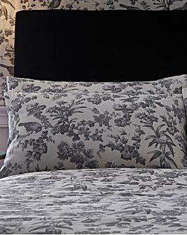 Oasis Amelia Cotton Pillowcases