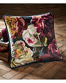 Oasis Renaissance Velvet Cushion