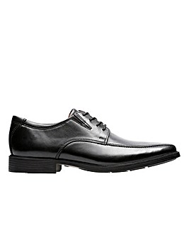 Clarks Tilden Walk Standard Fitting