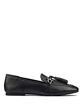 Clarks Pure 2 Tassel Shoes D Fit