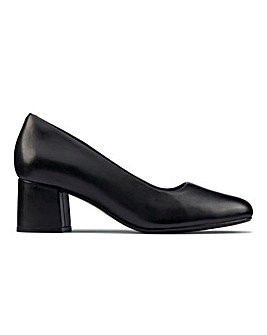 Clarks Sheer 55 Court Shoes D Fit