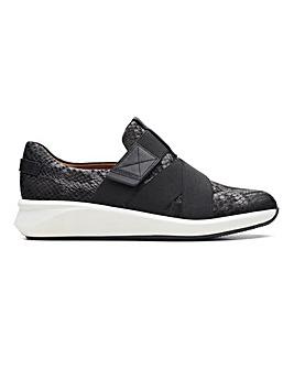 Clarks Un Rio Strap Shoes Wide E Fit