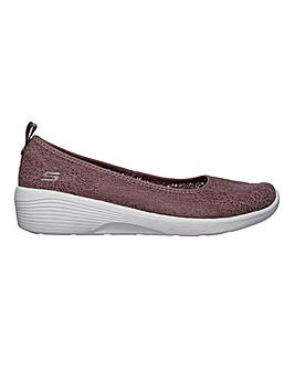 Skechers Arya Airy Days Slip On Leisure Shoes Standard D Fit