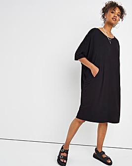 Black Pocket Cocoon Jersey Dress