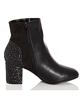 Quiz Block Heel Ankle Boots