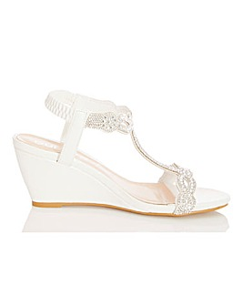 Quiz T Bar Elastic Strap Wedge Sandals