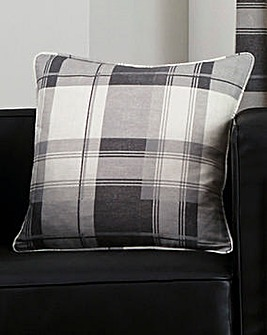 Balmoral Filled Cushion 2