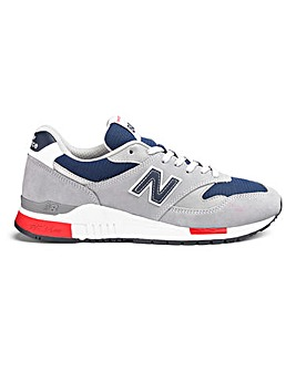 New Balance 840 Trainers