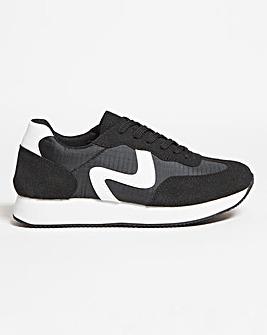 Retro Running Shoe Wide E Fit