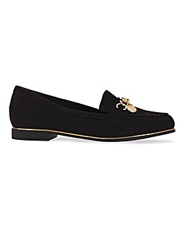 Pallas Chain Trim Flat Shoes Wide Fit