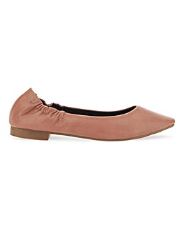 Ceto Square Toe Flat Shoes Wide Fit