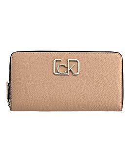 Calvin Klein CK Cast Ziparound