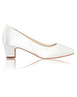 Perfect Melanie Satin Low Heel Court