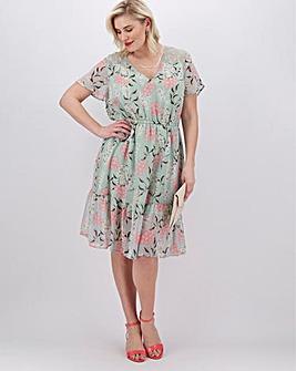 Lovedrobe Floral Tiered Midi Dress