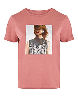 Vero Moda Printed T-Shirt With Embellishment