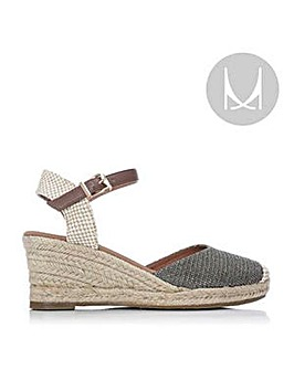 M By Moda Paradi Sandals