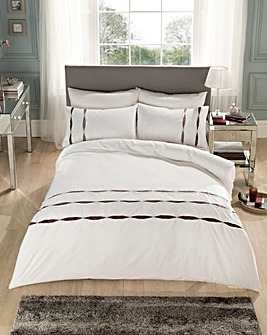Pier Ribbon Embellished Duvet Cover Set