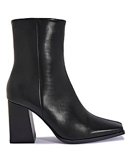 Marnie Heeled Ankle Boots Standard Fit