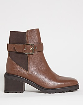 Paloma Square Toe Leather Ankle Boots Wide
