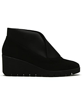 Daniel Pascale Suede Wedge Day Shoes