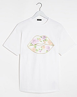 White Floral Lips tee