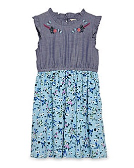 Yumi Girl Embroidered Meadow Chambray Dr