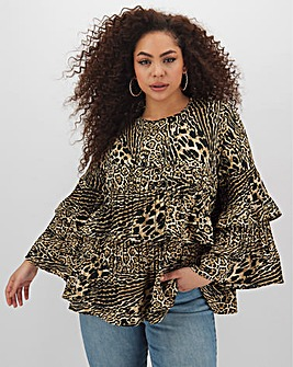 Leopard Fluted Sleeve Pleat Layer Top