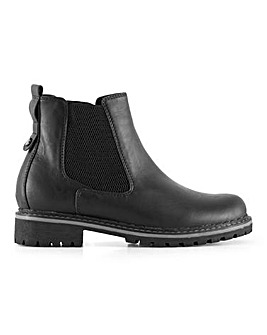Cleated Sole Chelsea Boots E Fit