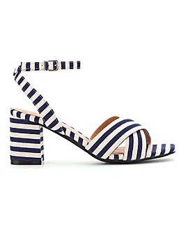 Flexi Sole Crossover Sandals E Fit