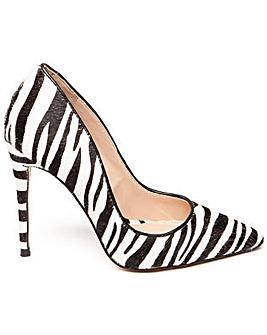Steve Madden Daisie-L Heeled Shoe