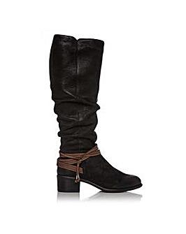 Moda In Pelle Generosa Boots