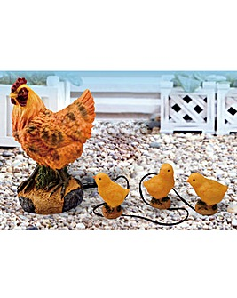 Hen with 3 Baby Chicks Solar Light