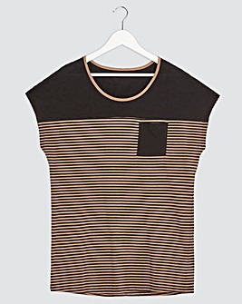 Black/Camel Stripe Curved Hem T-shirt