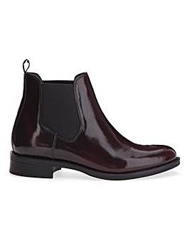 Smart Rub Off Leather Chelsea Boots Wide E Fit