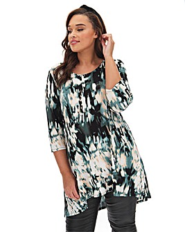 Abstract Print Dip Back Tunic