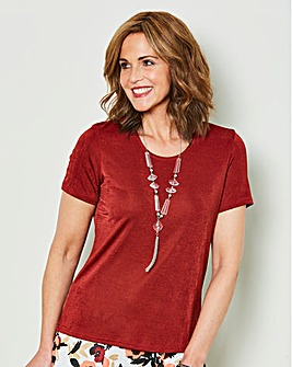 Slinky Top with Necklace