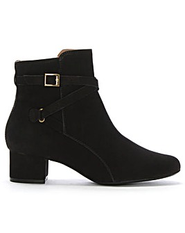 DF By Daniel Goot Suede Ankle Boots