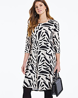 Abstract Print 3/4 Sleeve Swing Dress