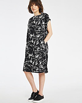 Black Print Cocoon T-Shirt Dress