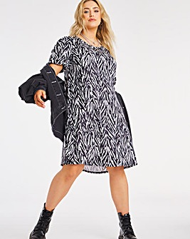 Mono Print Puff Sleeve Swing Dress
