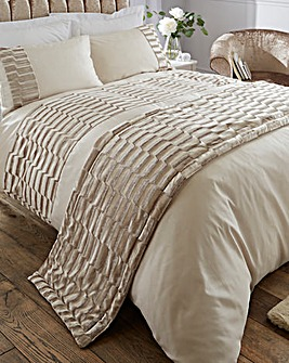 Murray Velvet Stone Quilted Runner