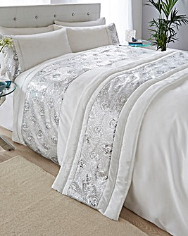 Bed Runners Throws Bedspre Bedding Home J D Williams