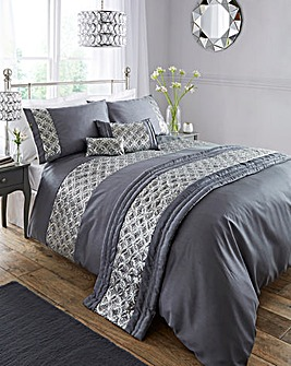 Jocasta Embellished Duvet Cover Set