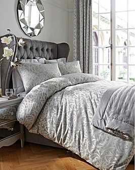 Evelyn Jacquard Duvet Cover Set