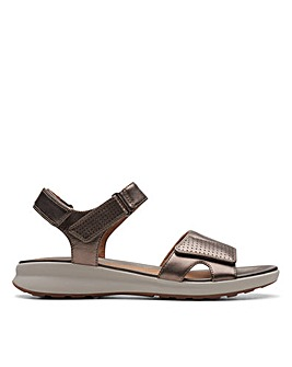 Clarks Unstructured Un Adorn Calm Wide Fitting Sandals