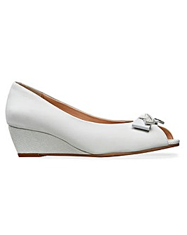 Van Dal Appledore Wedges Wide E Fit