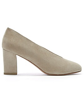 Daniel Aneso Suede V Front Court Shoes