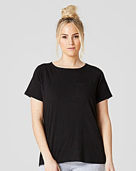 Black Essential Tee