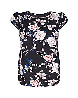 Yumi Curves Floral Split Back Top